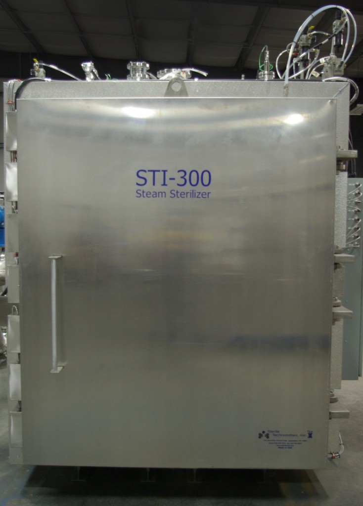 STEAM AUTOCLAVE FEATURES